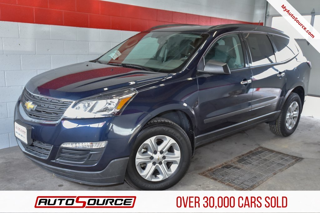 Pre Owned 2017 Chevrolet Traverse Ls