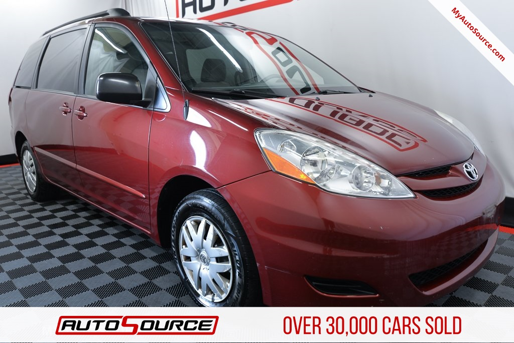 Pre Owned 2009 Toyota Sienna Le